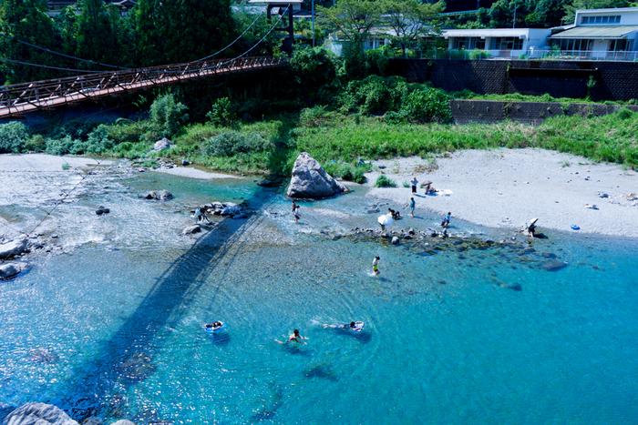 仁淀川沿いには、他にもいくつかのキャンプ場があります。どこも美しい川を眺めたり、川遊びをしながらキャンプができますよ。