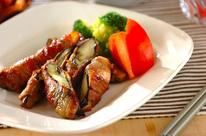 カリカリの豚肉に、ナスのとろみがマッチ。大葉が加わることでさわやかな風味がお口の中に広がります。