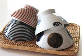 お揃いのお茶碗を見ると結婚をした実感も感じられそうです。二人で選んだお気に入りの夫婦茶碗で、幸せな食卓を演出してみてくださいね。