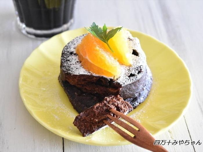 レンジでもチョコレートケーキは作れちゃう!なんと5分間レンジでチンするだけで出来てしまう驚きのお手軽レシピはこちらです!