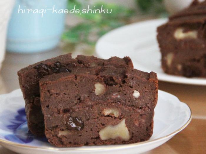 ダイエッターのあの人には、ヘルシーなおからチョコレートで思いやりの気持ちをアピールしましょう!おからなのにしっとりとした食感で、カロリーオフでありながら濃厚さもしっかりあるやみつきケーキです!