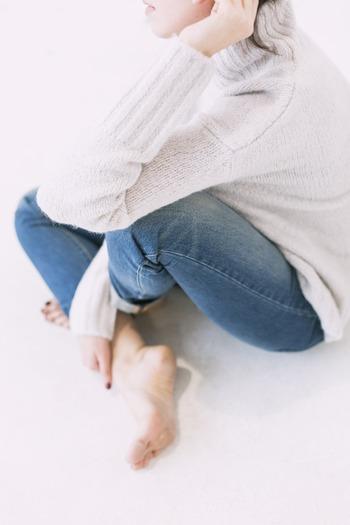 相手の気持ちを理解したいと思っていても、肝心の本人がなかなか本音を見せてくれないと、向き合っていても少しもどかしい気分になることもあるかもしれません。でもだからといって、「私がこれだけ打ち明けているのに、あなたはどうして同じように話してくれないの」などと責めたりするのは本末転倒です。