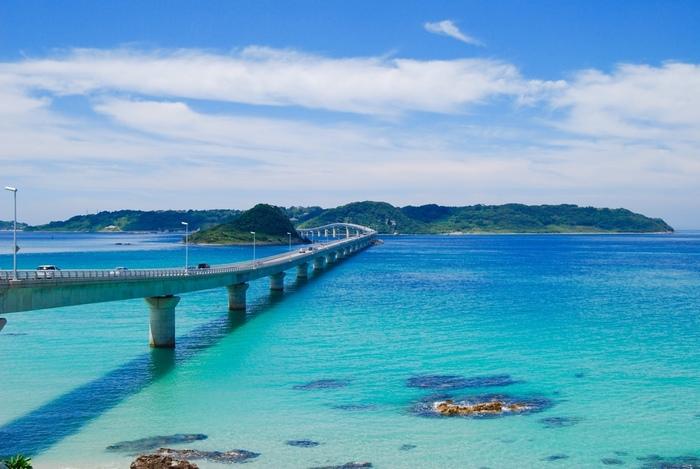 美しいブルーに癒されて♪SNSで人気の絶景スポット【山口県・角島】観光&グルメガイド
