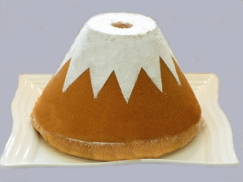 販売されているのは「ふじフォン」1種類のみ。デコレーションをせず、シフォンケーキだけで十分に満足できる味にこだわっているそう。