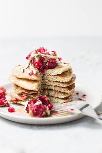 それはとびきり見た目も美しい美味しいスイーツを食べること。なぜ甘いものかというと、甘い食べ物は多幸感が得られるからです。とびきり甘くて美味しいスイーツを食べてお茶をいただいたら、きっと満腹感と幸福感を得られるはず。