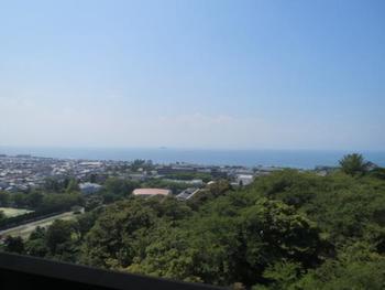 彦根城の最上階からは琵琶湖と彦根の町並みが一望できます。