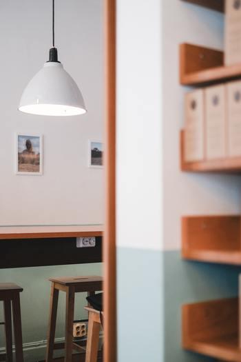 お部屋の雰囲気を左右するのが照明。おしゃれな部屋は、照明にこだわっていることが多いんです。その部屋に合った照明を使うことで、がらりと印象が変わるんですよ。