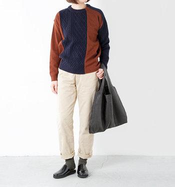 ANNETHOMAS(アントーマス)のMEMEは、スムースレザーを使って柔らかい履き心地に。カジュアルしすぎず、でも楽チンを叶えてくれます。上質なレザーは、秋の色がぴったりですね。