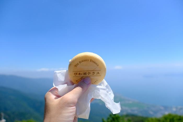 中でも、天空のカフェ「びわ湖テラス」からの絶景はインスタでも注目のスポット。大人の山岳リゾートをテーマに2016年7月にオープンしました。