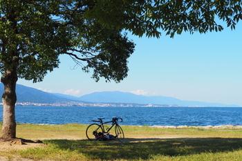 JR京都駅から10分の大津駅。そこから琵琶湖方面に下った浜大津は琵琶湖の最南端にあたり、琵琶湖を一望できるランチスポットがたくさんあるエリアです。