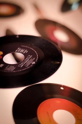 土井コマキさんがDJを務める、FM802の人気音楽番組。日本のミュージックシーンの中でも、インディーズ系やこれから注目したい新人アーティストにもスポットを当て、ジャンルや知名度に関係なくセレクトした楽曲を紹介しています。音楽の幅をもっと広げたい音楽好きさんにおすすめです。(関西のラジオなので、radikoなどで聴く場合はプレミアム会員への登録が必要になります)