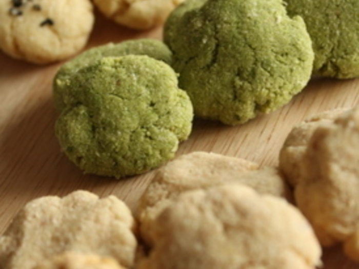 おから多めでしっとり仕上げたソフトクッキーです。ボタンのようなころんとした形が可愛いですね。おからの匂いが気にならないシナモン味がおすすめなんだそう。食物繊維たっぷりなので、子どものおやつにもおすすめです。