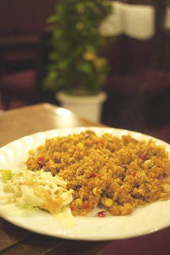 サンドイッチやスパゲッティと並んで、珍しいメキシカン・ジャンバラヤが人気のメニューです。野球観戦やコンサートの前などに、こちらで腹ごしらえといきたいところですね。