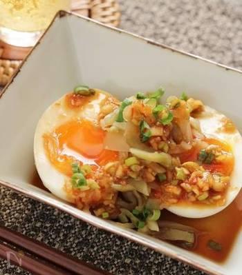 こってりとした半熟卵にピリ辛の中華だれがベストマッチ。ちょっとしたおつまみにもいいですね。