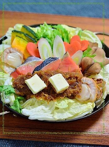 これから旬を迎える秋鮭。ちゃんちゃん焼の味付けも玉ねぎ味噌におまかせ!玉ねぎ味噌とバターのコクが具材に染み込んで絶品です。