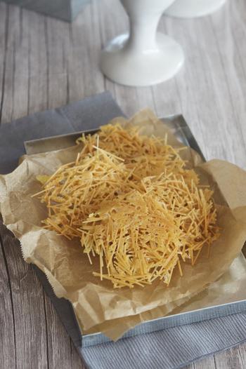 こちらは番外編。そうめんを茹でずに作れる、お手軽おつまみレシピです。そうめんのパリパリ感とチーズの風味でやみつきに!クミンの他に黒コショウやカレー粉など、アレンジしても楽しめそうですね。