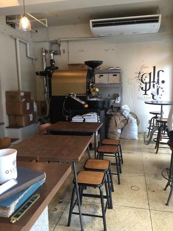 一人でも入りやすい落ち着いた店内。お店の名は世界にも知られていて、海外のコーヒー通も訪れているそう。