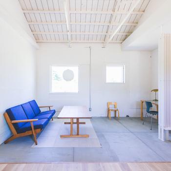 インテリアが好きな方にとって、家具やお部屋の雰囲気ってとっても重要。でも新しい家を建てると、インテリアまで予算が回らないということも。けれど中古マンションなら、家自体の価格を抑えられる分、納得できるまでインテリアにお金をかけられるというメリットも!