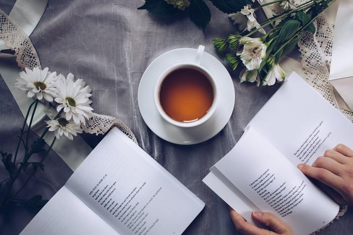 家中の本をきちんと仕舞えたら、部屋はもちろん気持ちもすっきり。心置きなく読書に浸って、素敵な秋の夜長をお楽しみください。
