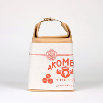 最初にご紹介するのは、お米を始めとした衣食住のアイテムを取り扱うライフスタイルショップ「AKOMEYA TOKYO(アコメヤ トウキョウ)」。お米はもちろん、全国の食品や台所道具、雑貨など、こだわりの商品を販売しています。
