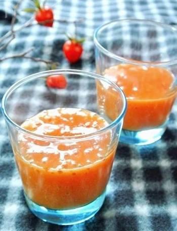 スムージーも旬の果物で作れば、きっと身体が喜びます♪ビタミンCをたっぷりととることができるので、風邪が気になるこれからのシーズンにぴったり。