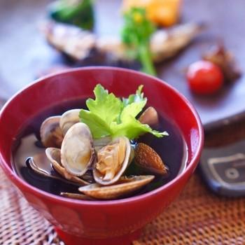 お味噌の特徴を知れば、いつものお味噌汁が美味しく大変身!お味噌にもちょっとこだわって、ワンランク上のお味噌汁を作ってみませんか?