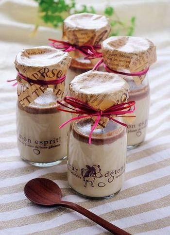 シンプルなプリンにチョコレートを入れるだけの、簡単とろとろプリン!しっかり濾す事で、舌触りもとっても滑らかに。