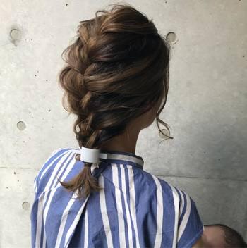 定番の編みおろしをマジェステで華やかに。ミニサイズだから、先端に近い細い毛束にもぴったりはまってくれます。