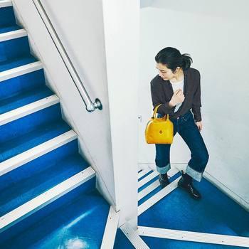 体をほどよく疲れさせることで、スッと眠りにつきやすくなります。運動する時間がないという方は、できるだけこまめに階段を使う、駅からは自転車ではなく徒歩にするなど、日々の習慣の中に体を動かす時間をつくってみましょう。