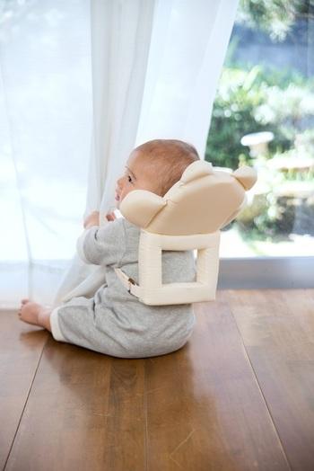 歩きはじめた赤ちゃんの頭を守り、見た目もとってもかわいらしい、やわらかな『クッションリュック』。ごっつんが心配な赤ちゃんにプレゼントしてみてはいかがでしょう?