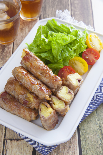 ほくほくのさつまいもをお肉に巻けば、ひと品でお腹も満足のスタミナおかずの完成。照り焼き風味も食欲をそそります。