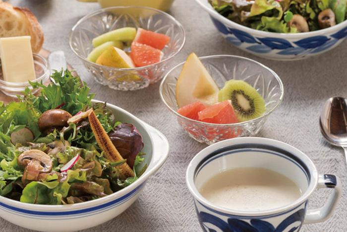 どんな食器にも合う伝統的な和食器だから、いつもの食卓に素直に溶け込みます。和食にも、洋食にも似合う便利なデザインで鵜。