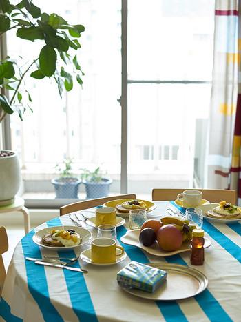 素敵なテーブルに出会ったら、すぐにでもお迎えしたいもの。けれど、まず考えたいのが自分の家のリビングを「どんなテイストにまとめたいか」ということ。