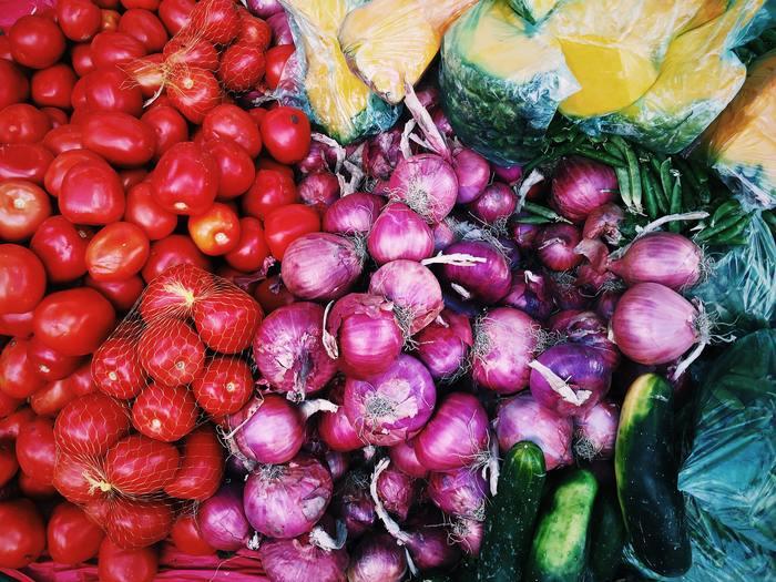 スーパーでは一年中並んでいる野菜も、自分で作るとなると「旬」の時期があることがわかります。また、種や苗から毎日手をかけ、気持ちをかけて育てた野菜は買ってきた野菜とは食べるときの感覚も違うはず。自分で育てることで、野菜嫌いが治ったという話もよく聞きます。