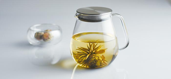 無駄をそぎ落としたシンプルなデザインが魅力。茶葉が開く様子をのんびり眺めながら、心穏やかなお茶時間が過ごせそう。