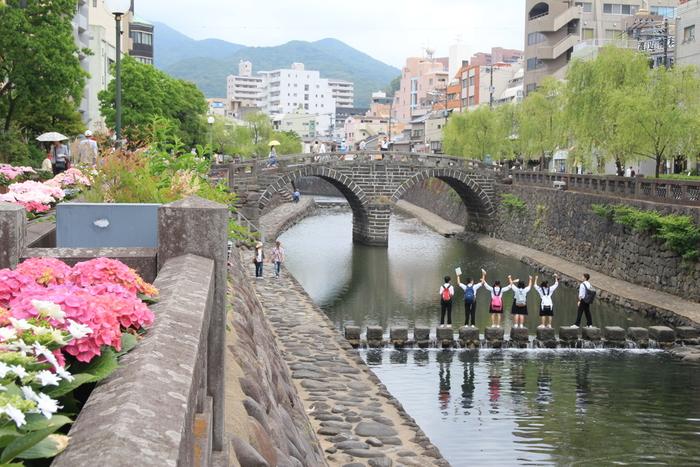 いかがでしたか?せっかく長崎を訪れたなら、この土地らしさが伝わるお土産がいいですよね。長崎の街を散策しながら、大切な方へ選んでみましょう!ぜひ、参考にしてみてくださいね♪