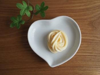 卵液以外にも、マヨネーズやサラダ油でごはんをコーティングする方法も◎コクとまろやかさが加わり、さらに美味しさがアップします!