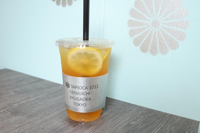 「ゆず蜜レモンジャスミンティー」は、ジャスミンティーと柚子の香りが爽やかで、食後にぴったり。レモンの酸味もアクセントになっていてすっきりした味が人気です。