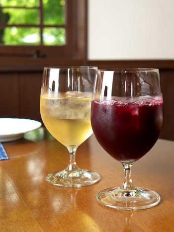 ワイナリー直営とあって山梨県産のワインの豊富さが魅力ですが、ワインだけでなくブドウジュースも絶品です。ドライバーの方やお子様、アルコールの苦手な方におすすめの濃厚なブドウジュースです。