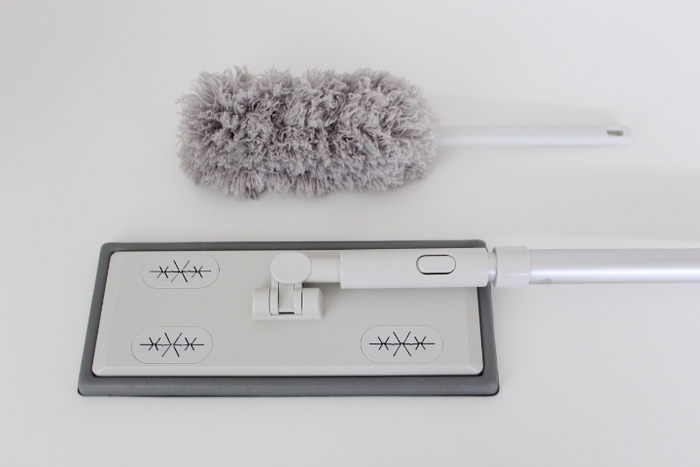 掃除道具は、生活感が出てしまい、ごちゃついた印象になりがち。 でも、無印良品のシンプルでスタイリッシュな掃除道具なら、インテリアにもなじんでくれます。 ぜひ色々なアイテムを活用してみてくださいね。