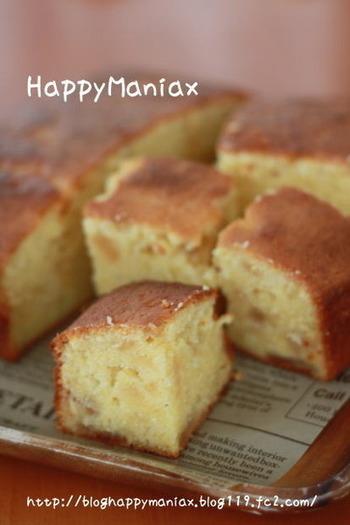 マフィンにりんごジャムを加えるだけで、ほんのり甘ずっぱいパウンドケーキが完成。みんなでつまんで食べられるのも嬉しいですよね!お持たせにも最適です。