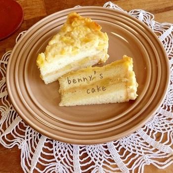 秋を代表するりんごとさつまいもを使ったカスタードケーキです。さつまいもの甘さとりんごの酸味がよく合います。工程も簡単なので、ぜひお試しあれ。