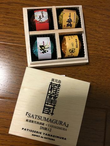 「パティスリーヤナギムラ」が酒蔵6蔵とコラボした焼酎ボンボンショコラは、お酒好きな方にぴったり。チョコレートと焼酎の風味が口の中に広がって絶品です!桐箱入りで高級感も◎