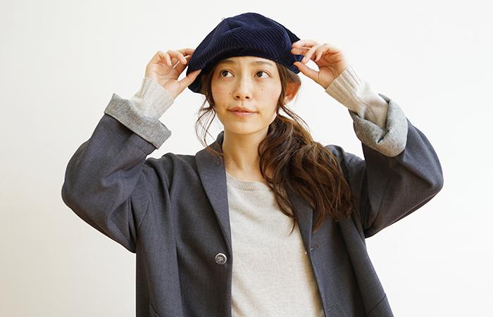 2019年も引き続きトレンドアイテムとなっているベレー帽。コーデのアクセントとなり、今っぽい雰囲気に仕上げてくれます。でも何となく合わせるだけだと、ベレー帽だけ浮いた印象になってしまうことも。  そこで、ベレー帽を使ったおしゃれなコーデを集めてみました。ベレー帽の合わせ方や被り方の参考にしてくださいね。