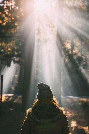 がんばっている人につい「がんばって」と言ってしまいがちな場面ってありますよね。悪気はなくても、知らず知らずのうちに相手を追い詰めてしまうことも。あなた自身にもそんな経験があるかもしれません。「無理することないよ」「焦ることないよ」と、相手を守るような言葉選びができるといいですね。