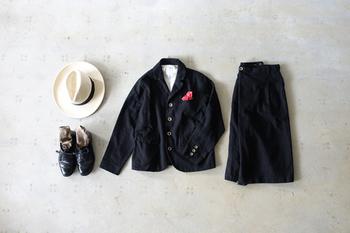 """知的な上品さを叶えてくれる""""ジャケット""""。大人なら、ただ袖を通すだけでなく、よりスタイリッシュで自分らしい着こなし方をマスターしたいところ。 今回は、まわりからも一目置かれる、素敵なジャケットスタイルをご紹介します♪"""