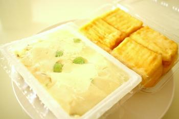 こちらのお店では、国産大豆と天然ニガリで作られた無添加のお豆腐が並んでいます。また、季節やお豆腐の種類ごとに美味しい食べ方も教えてくれるそうです。