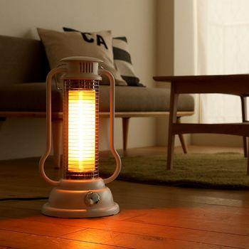 窓と床の保温性が高まれば、お部屋の温度も外気温に左右されにくくなります。小さな暖房器具でも温もりをキープしやすくなりますので、ぜひ試してみてくださいね。