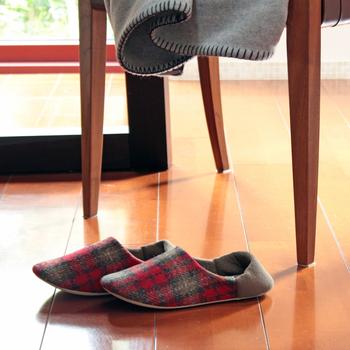 今回はフットケアだけではなく、足の健康を意識するための靴と足との関係なども、ご紹介します。