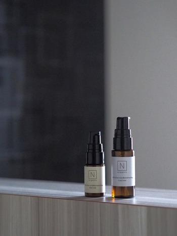 蒸しタオルを乗せて、肌を温めることにより毛穴が開くため、化粧水や美容液の浸透効果を高める効果が期待できます。蒸しタオルを乗せた後は、なるべく早く化粧水や美容液を馴染ませましょう。お肌にぐんぐん浸透していくのをイメージしながら行うことも大切ですよ♪
